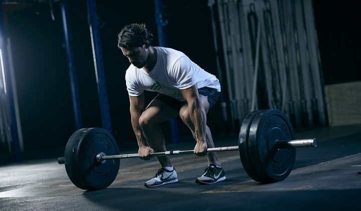 the_barbell_deadlift_workout